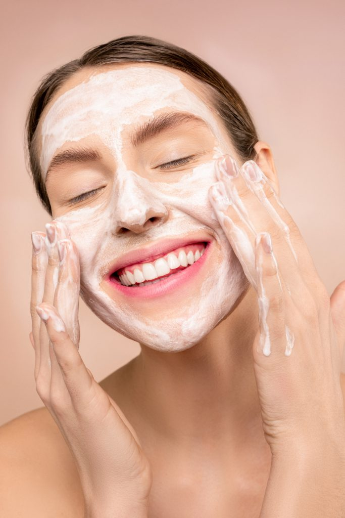 The Basics Everyone Needs to Know for Their Skincare Routine